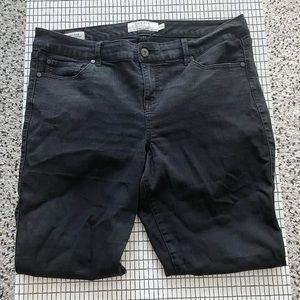 Torrid Cropped Frayed Ring Detail Jeans